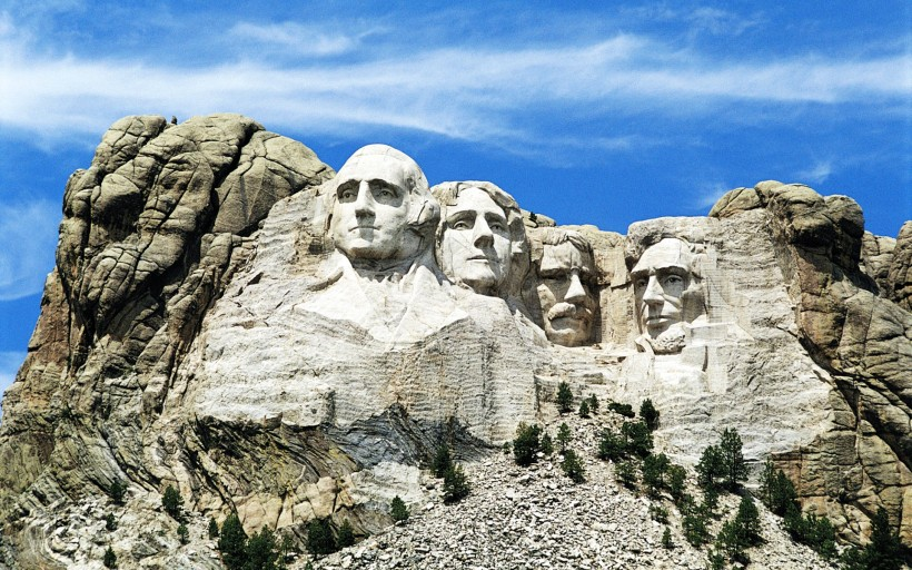 mount_rushmore_south_dakota-wide